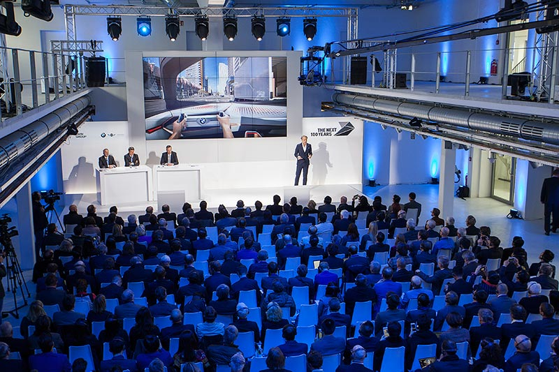 BMW GROUP THE NEXT 100 YEARS. Pressekonferenz am 7. März 2016 in der neuen BMW Group Classic in der Moosacher Straße 66 in München.
