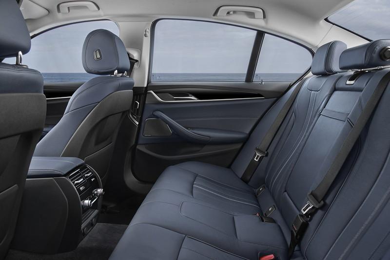 BMW 530e iPerformance, Interieur, Fond