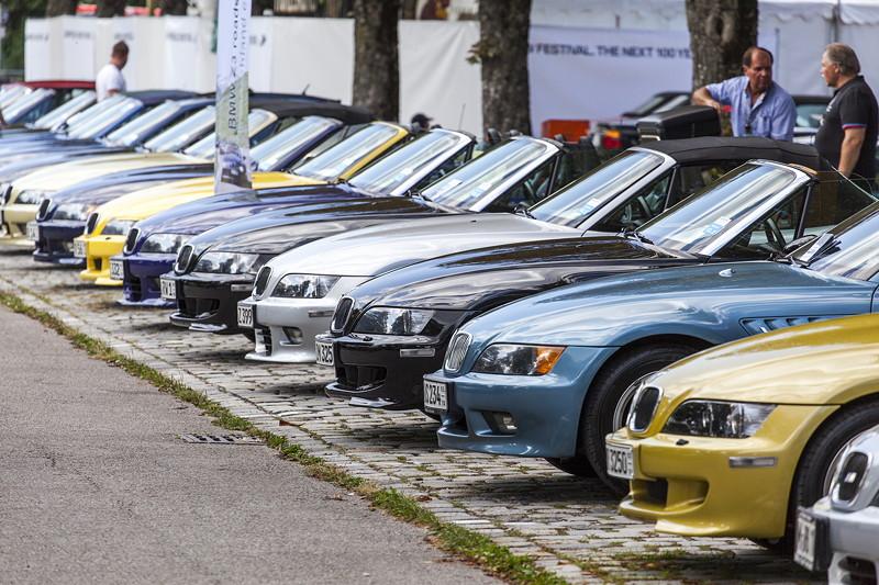 BMW Clubs in der Parkhafe im Olympiapark: BMW Z3