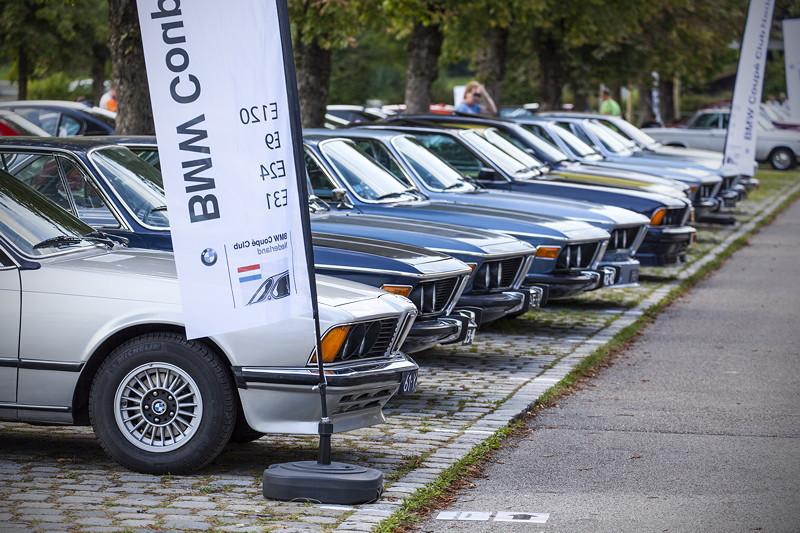 BMW Clubs in der Parkhafe im Olympiapark, BMW Coupé Club mit den Modellen E9, E120, E24, E31