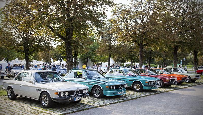 BMW Clubs in der Parkharfe im Olympiapark: BMW Coupés