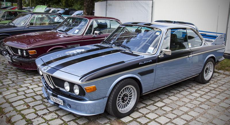 BMW Clubs in der Parkharfe im Olympiapark: BMW Alpina E9