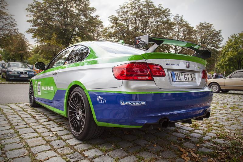 BMW Clubs in der Parkharfe im Olympiapark: BMW Alpina B3 GT3