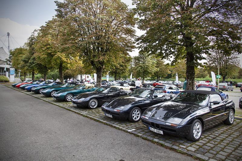 BMW Clubs in der Parkharfe im Olympiapark: BMW Z1