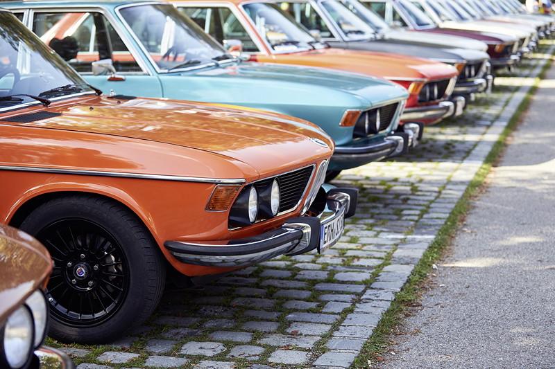 BMW Festival. BMW Clubs in der Parkharfe im Olympiapark.