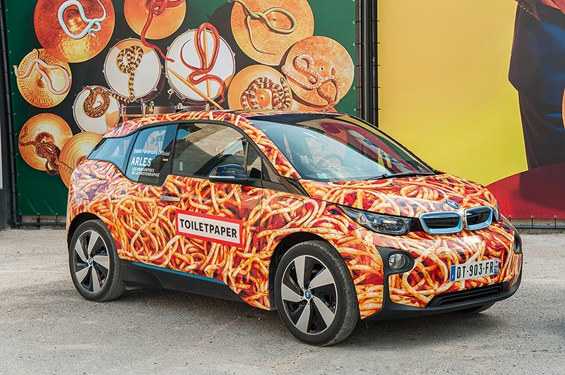 BMW i3 - Maurizo Cattelan / Toilet Paper.