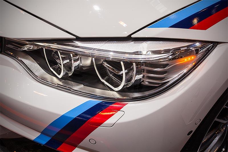 BMW 440i mit BMW M Performance Motorsportstreifen(124 Euro)