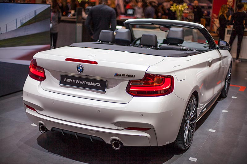 BMW M240i Cabrio (F23) mit BMW M Performance Parts, Essen Motor Show 2016