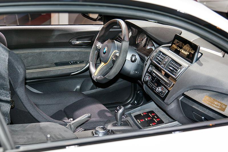BMW M2 MotoGP Safety Car, Interieur