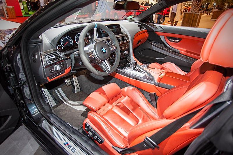 BMW M6 mit Competition Paket, Innenausstattung: Vollleder Merino Feinnarbe Sakhir Orange / Schwarz