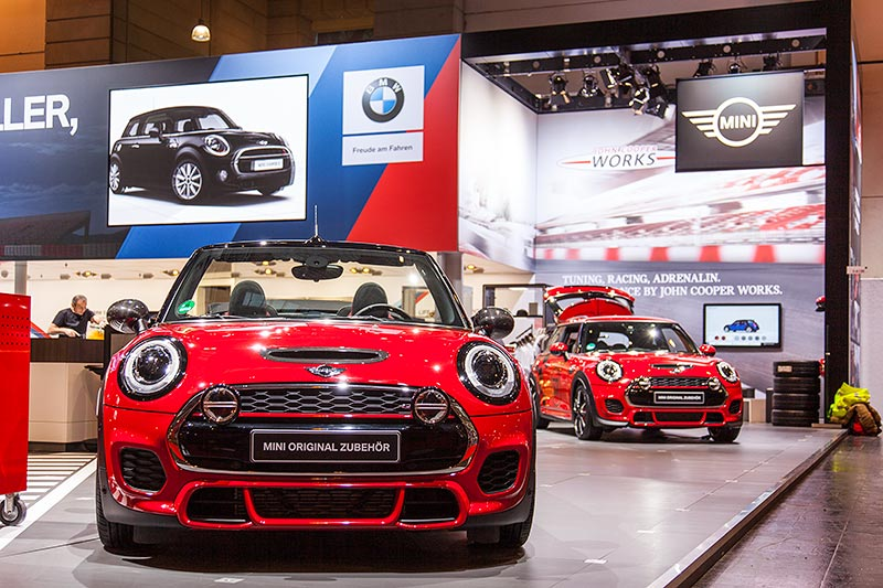 MINI John Cooper Works Tuning auf der Essen Motor Show 2016, BMW Group Messestand