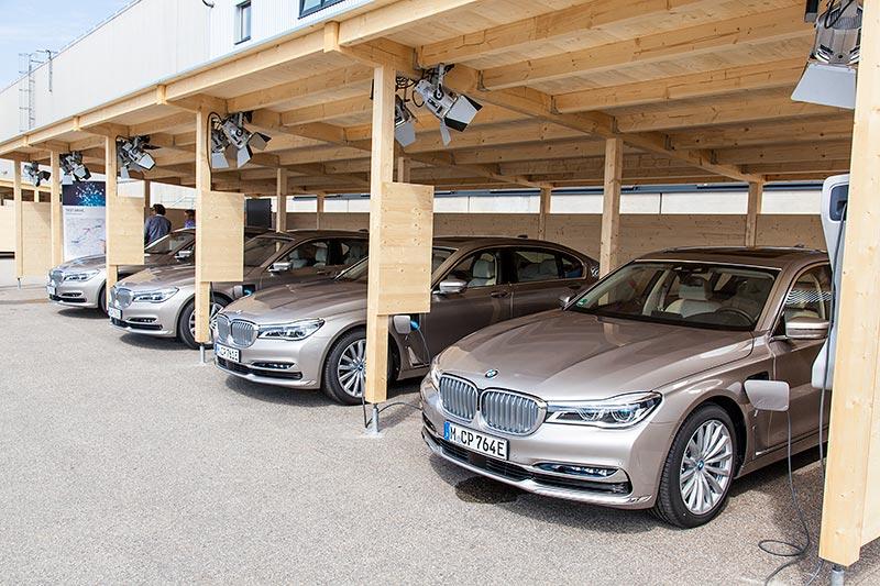 BMW 740Le xDrive iPerformance, Testflotte auf dem Gelände des BMW Werks in Dingolfing.