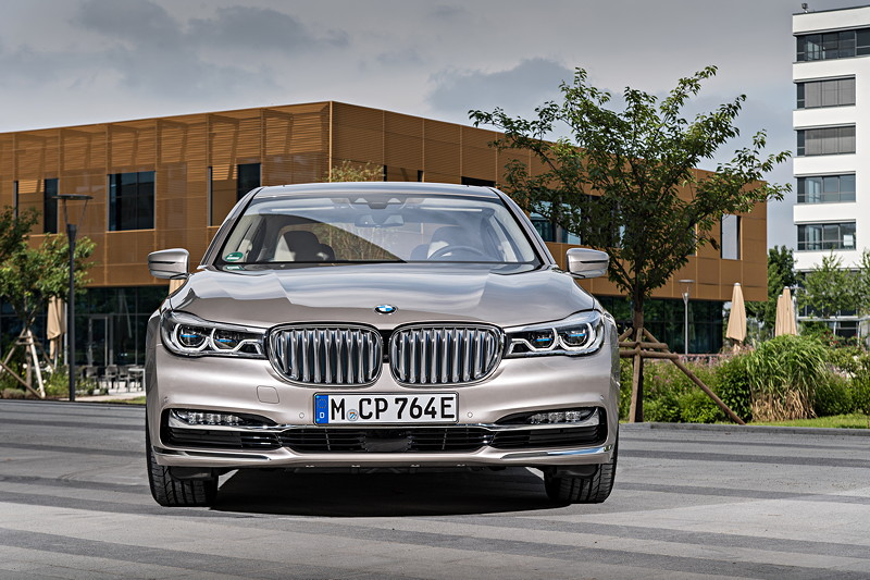 BMW 740Le xDrive iPerformance, Exterieur Design Pure Excellence zum Mehrpreis von 890 Euro