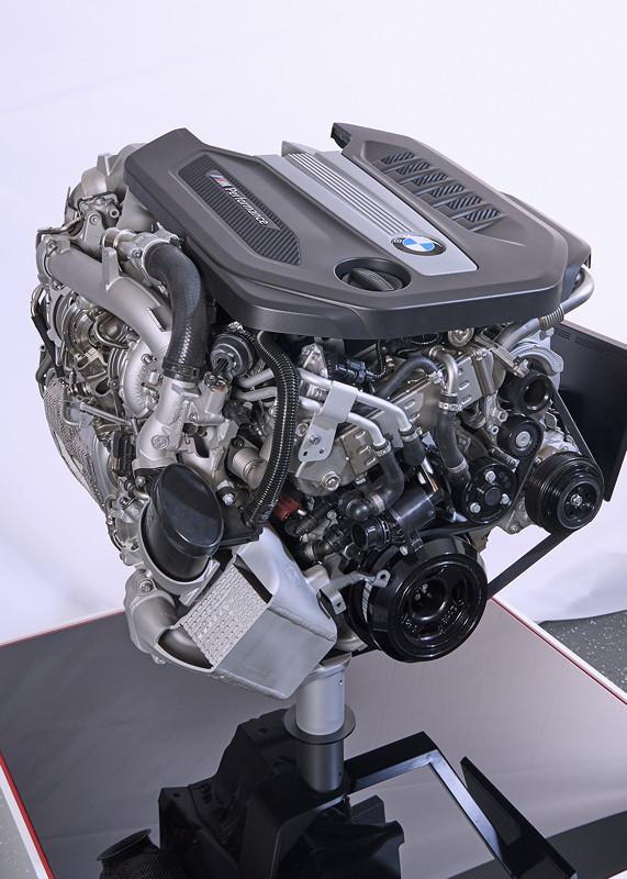 M Performance TwinPower Turbo Reihen-6-Zylinder Dieselmotor, der schon heute im 750d/Ld xDrive zum Einsatz kommt.
