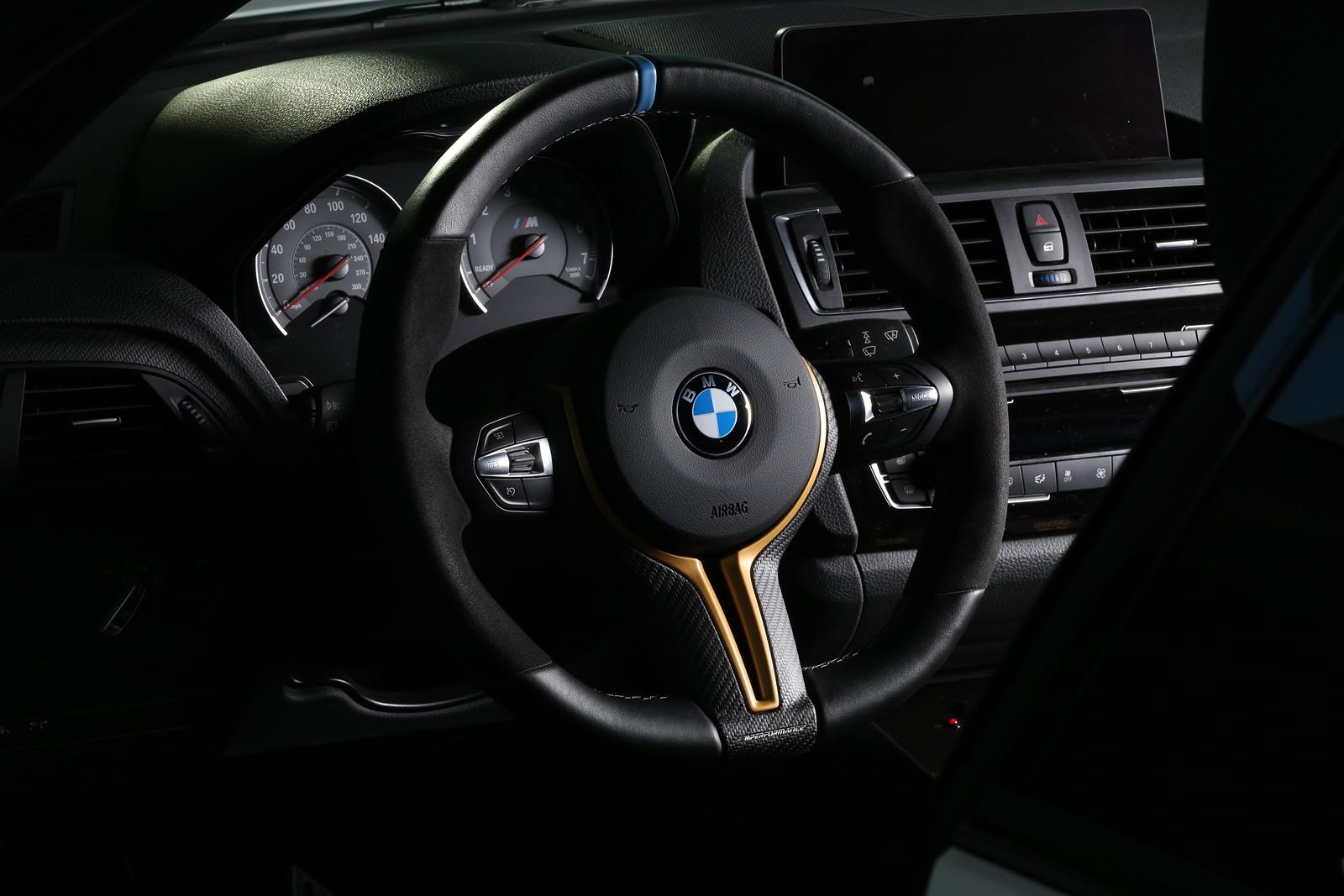 foto bmw m2 sema 16 safety car m performance lenkrad. Black Bedroom Furniture Sets. Home Design Ideas