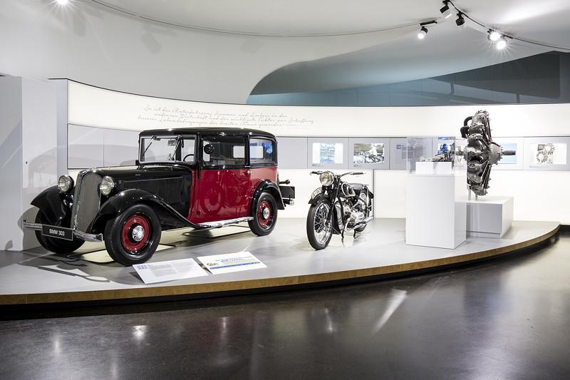 BMW Museum, Wechselausstellung '100 Meisterstücke': der große Erfolg des neuen BMW 6-Zylinders im BMW 303.
