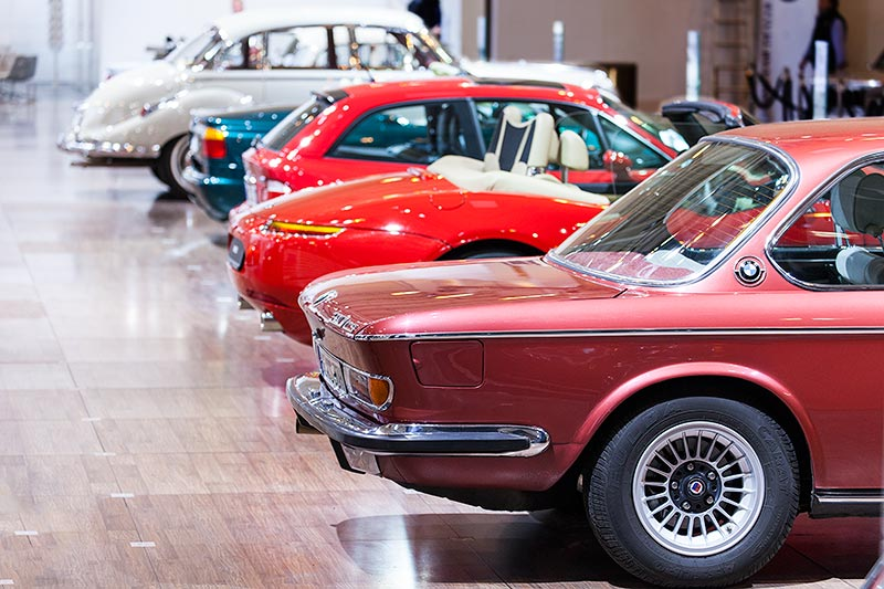 BMW 3.0 CS, auf dem BMW Messestand, Techno Classica 2016