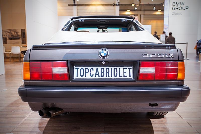 BMW 325iX Baur Topcabriolet TC2, mit 6-Zylinder-Reihenmotor, 170 PS, vmax: 212 km/h