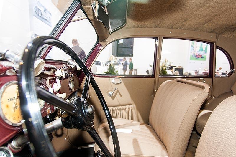 BMW 326 Limousine, Blick in den Innenraum