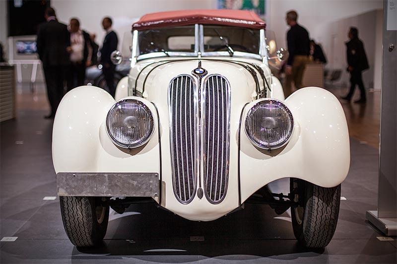 BMW 328, Legende der Automobilgeschichte