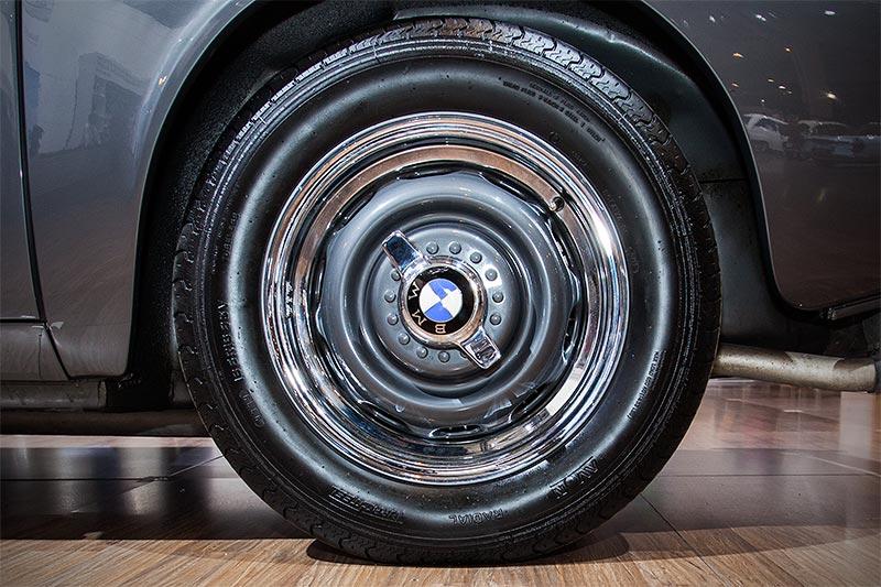 BMW 507, Rad