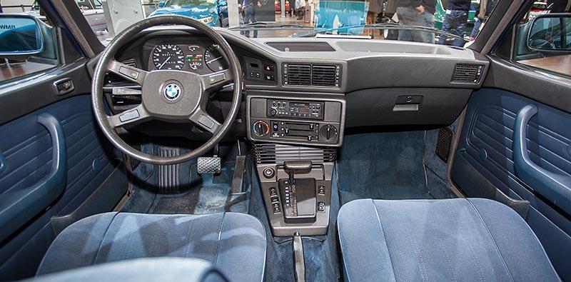 BMW 524td, Interieur vorne