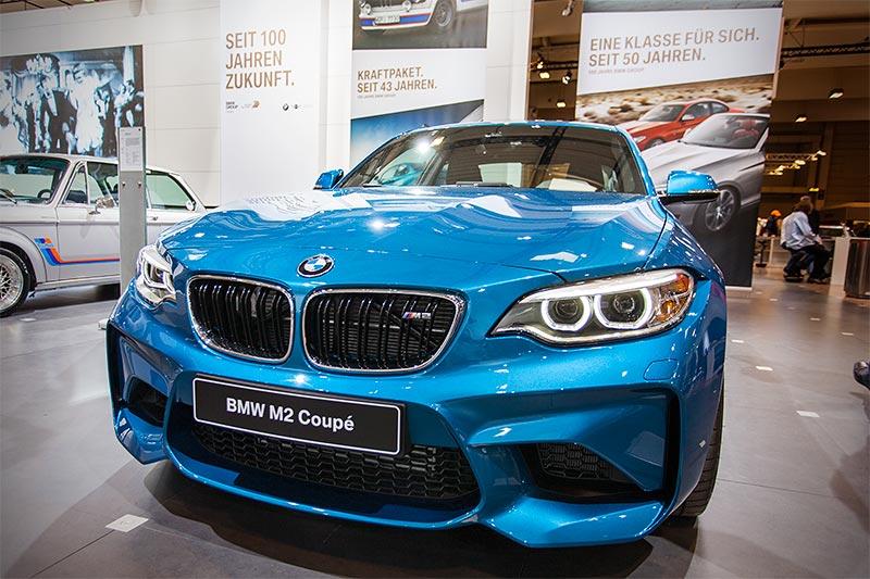 BMW M2, neben dem BMW i8 der einzige neue BMW auf dem BMW Messestand