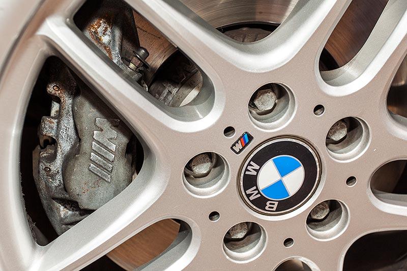 BMW M5 touring, mit vergrößerter Bremsanlage