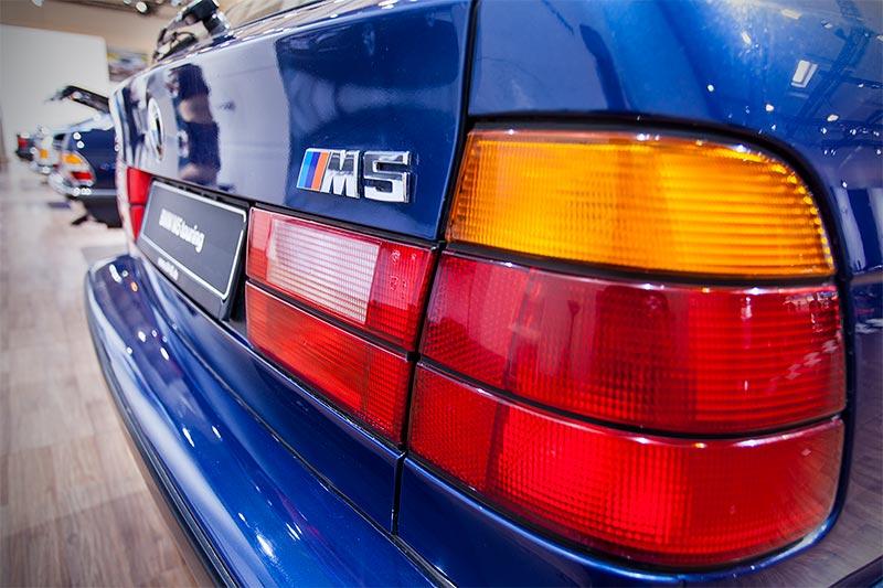 BMW M5 touring, Rücklicht und M5 Logo auf der Heckklappe
