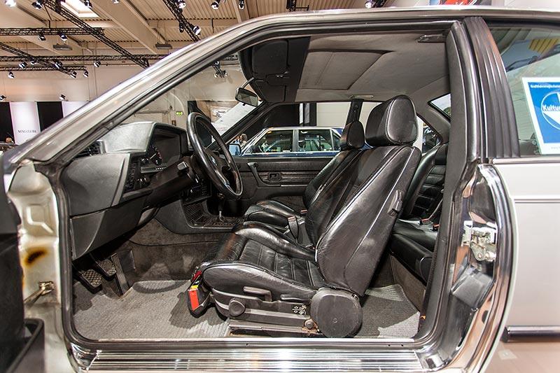 BMW M635 CSi, Blick in das Coupé