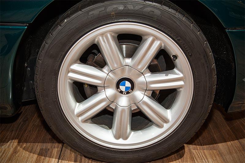 BMW Z1, Rad