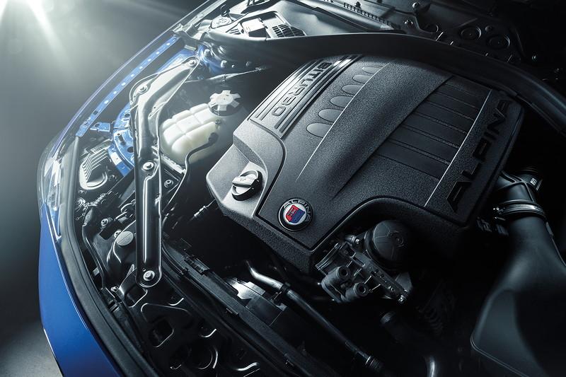 BMW Alpina B4 S BiTurbo, Motor