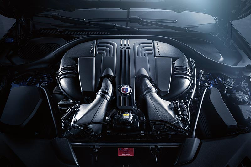 BMW ALPINA B5 Bi-Turbo, V8-Motor mit 608 PS