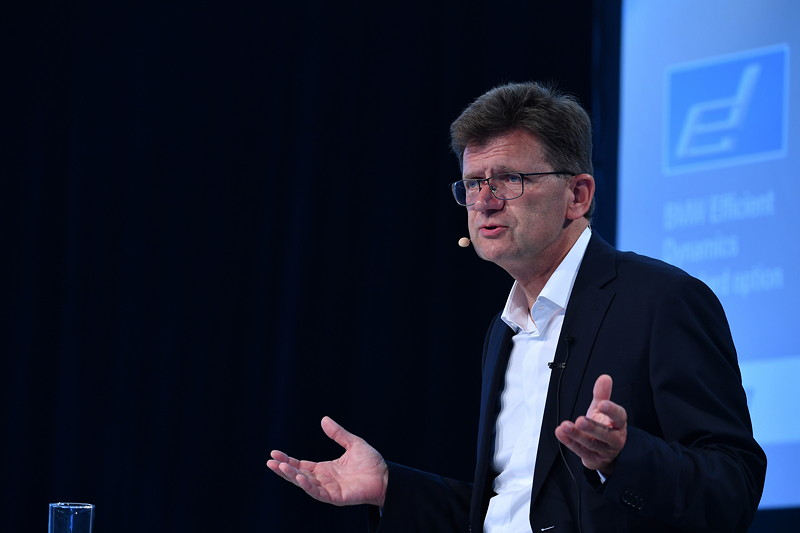 Klaus Fröhlich, Mitglied des Vorstands der BMW AG, Entwicklung, auf dem BMW Group Future Summit 2017.
