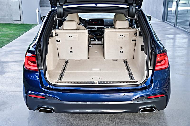 BMW 5er Touring, Kofferraum, getrennt umlegbare Fondsitze