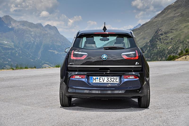 BMW i3 in Imperialblau metallic