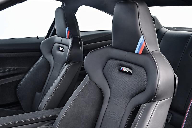 BMW M4 CS, Sitze