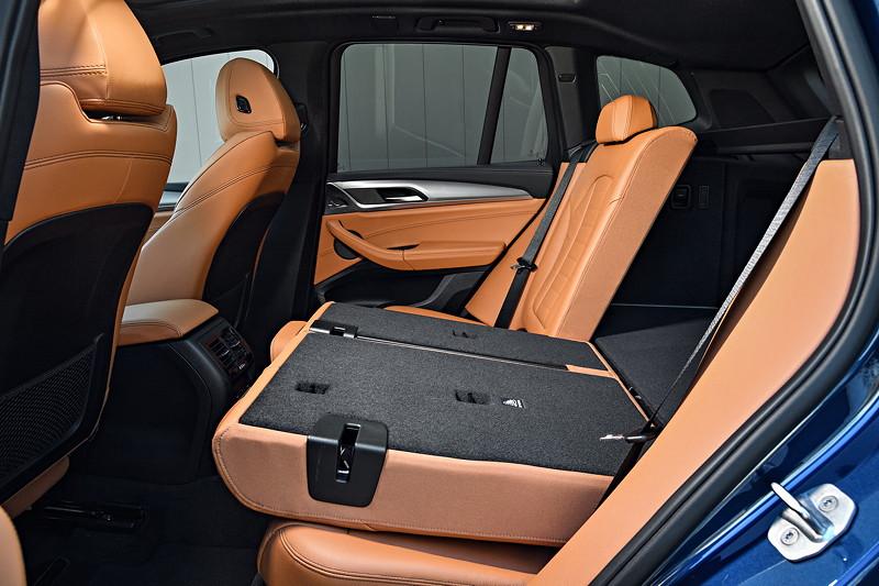 BMW X3 xDrive M40i, mit geteilt umlegbaren Fondsitzen