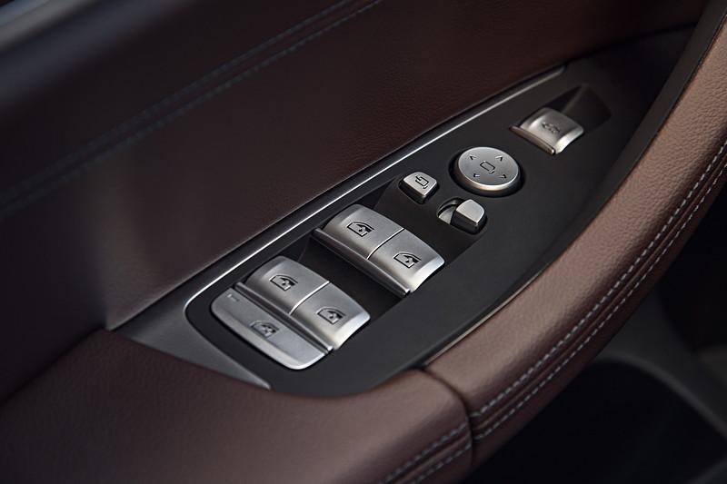 BMW X3 xDrive30d xLine, Fensterheber und Spiegelverstellung