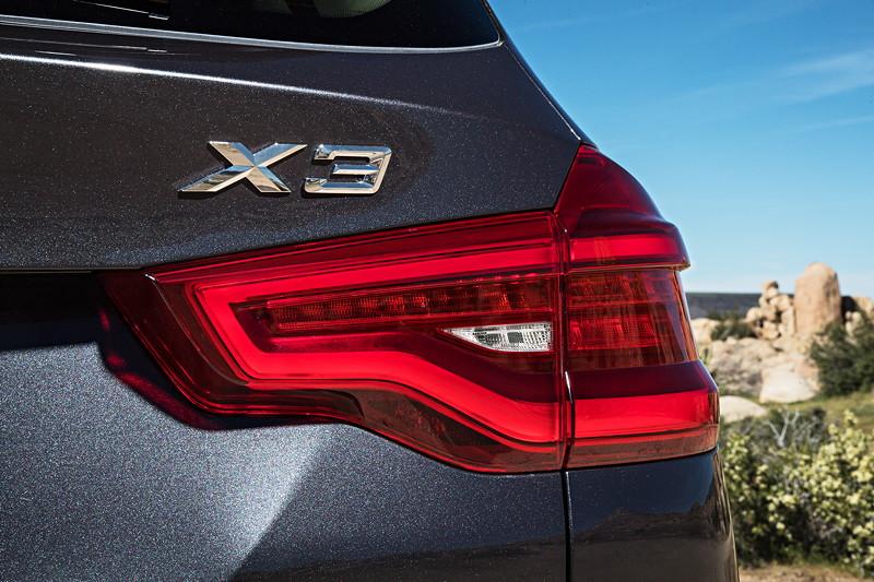 BMW X3 xDrive30d xLine, LED Rücklichter