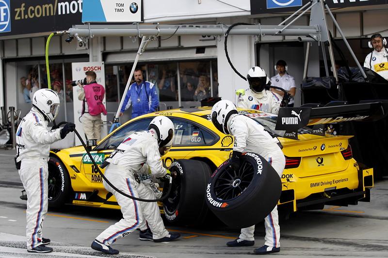 Hungaroring (HUN), 17. Juni 2017. DTM-Rennen 5. Boxenstopp: Timo Glock im DEUTSCHE POST BMW M4 DTM, BMW Team RMG (RMR).