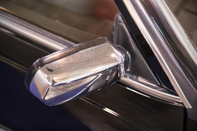 Essen Motor Show 2017: BMW 6er (E24) mit verchromten Aussenspiegeln.