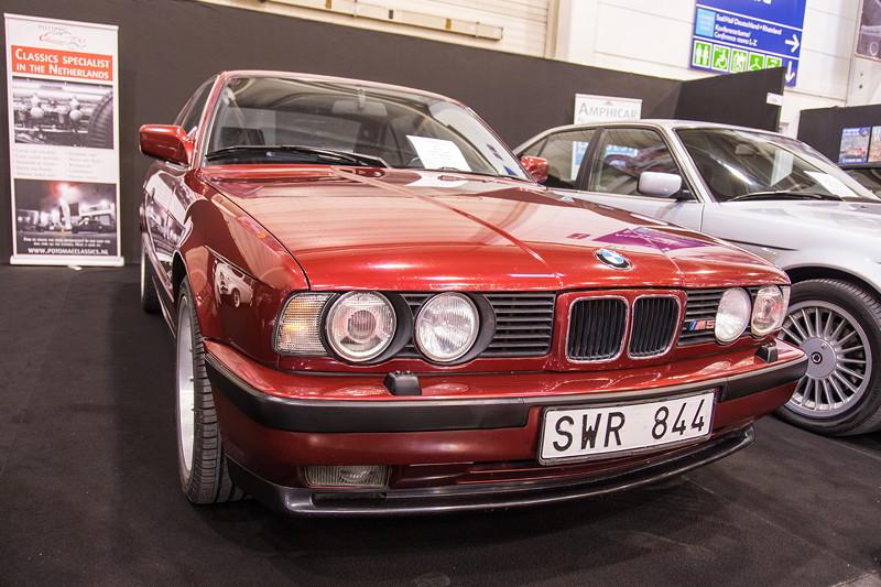 Essen Motor Show 2017: BMW M5 (E34), Baujahr: 1992, Tacho: 189.028 km, Preis: 24.900 Euro.