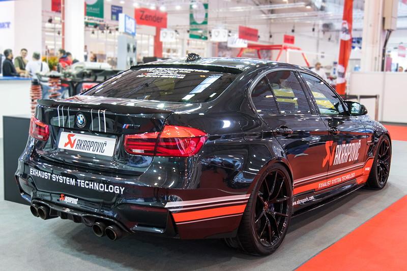 Essen Motor Show 2017: BMW M3 (F80) mit Akropovic Abgasanlage.