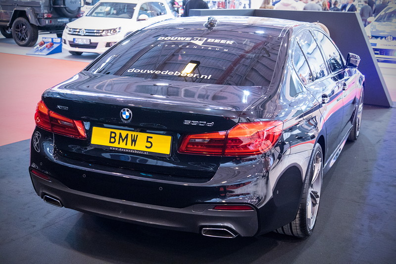 Essen Motor Show 2017: BMW 530d (G30).