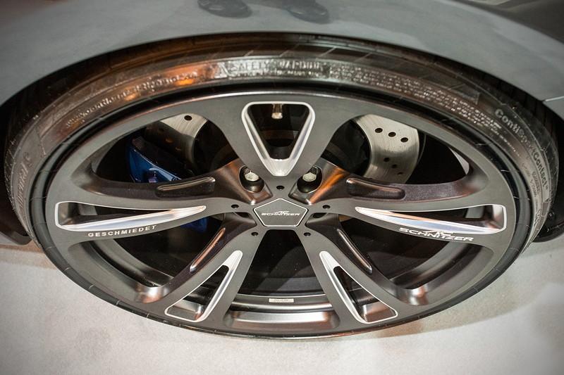 BMW M2 by AC Schnitzer auf neuen AC3 Leichtbau Schmiedefelgen, die auf der Essen Motor Show ihre Weltpremiere feiern.