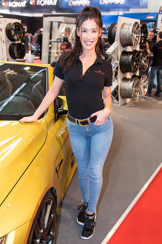 Essen Motor Show 2017, am Stand von Barracuda Racing Wheels in Halle 11.