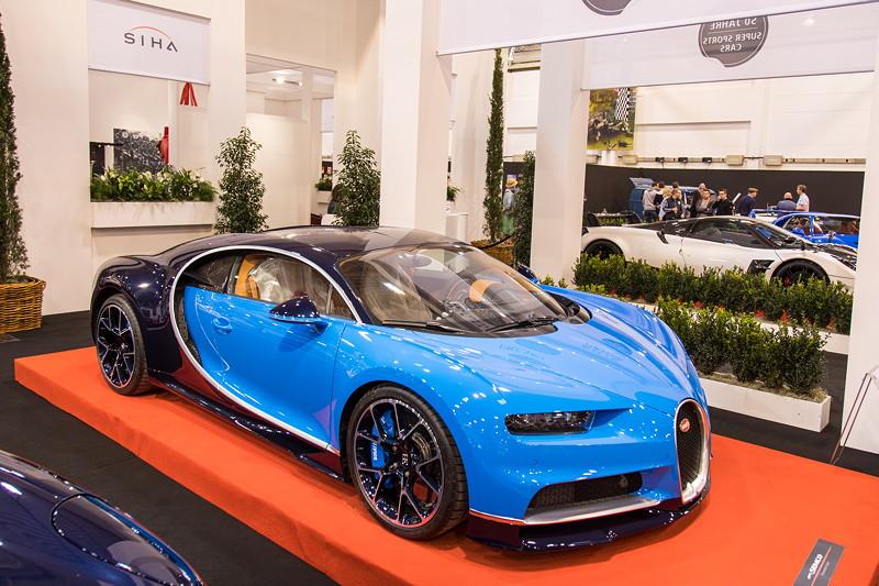 Bugatti Chiron, der aktuell stärkste Serien-Sportwagen. Essen Motor Show 2017.