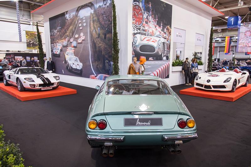 Ferrari 365 GTB Daytona, V12-Zylinder-Motor, 380 PS, vmax: 300 km/h.