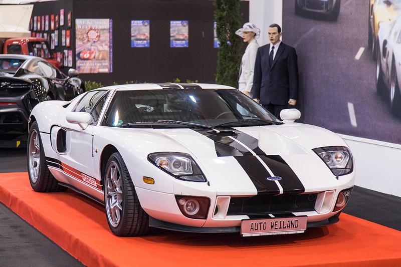 Ford GT, V8-Kompressor-Motor, 550 PS, vmax: 330 km/h. Essen Motor Show 2017.